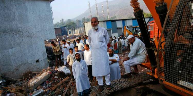 Le bilan dans l'immeuble effondré près de Bombay s'alourdit