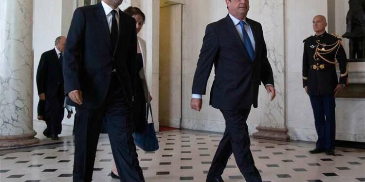 François Hollande insiste sur une solution politique en Syrie