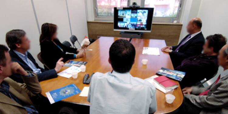 Jean-Pierre Raffarin et sa fondation planchent sur les formations en e-learning