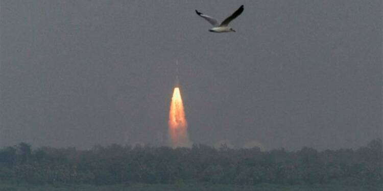 L'Inde envoie son premier engin spatial vers Mars
