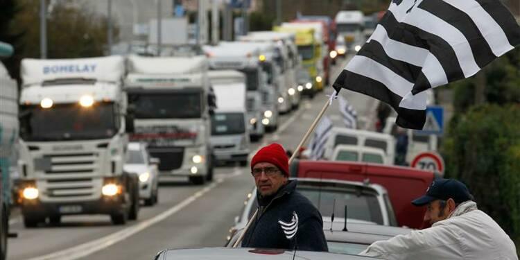 Des milliers de transporteurs mobilisés contre l'écotaxe