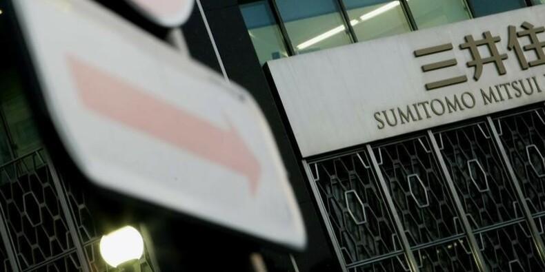 SMFG bat le consensus en 2013-14, prévoit une baisse en 2014-15