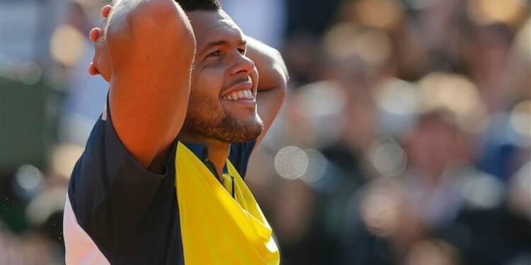 Roland-Garros: le coup de maître de Tsonga, Serena bousculée