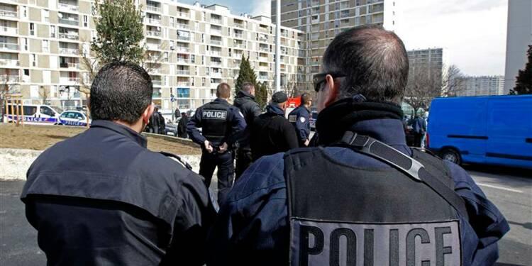 Valls envoie des CRS et gendarmes supplémentaires à Marseille