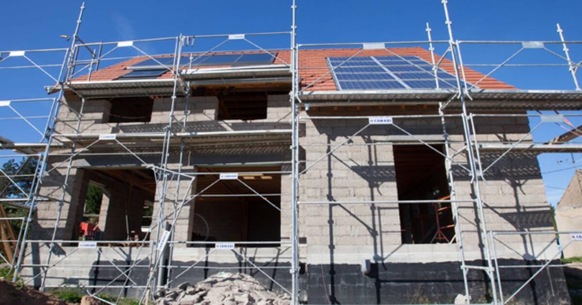 Les contrats de beaucoup de constructeurs de maisons ne for Loi agrandissement maison