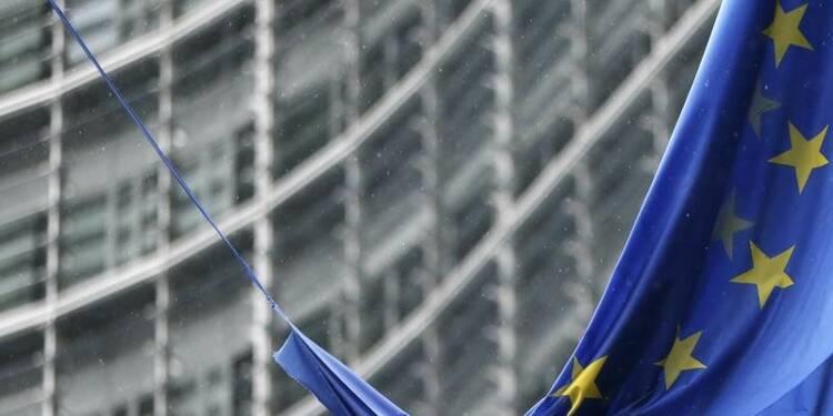 La France adresse des signes contradictoires à l'Europe