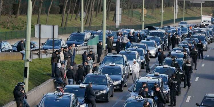 Nouvelle grève de chauffeurs de taxi en colère