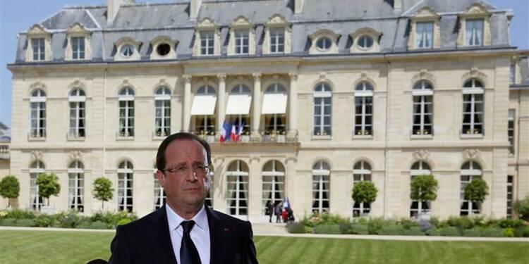 """Hollande évoque une """"reprise"""" et donne des perspectives à 10 ans"""