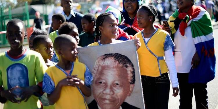 Admirateurs de Mandela et détracteurs d'Obama se mobilisent