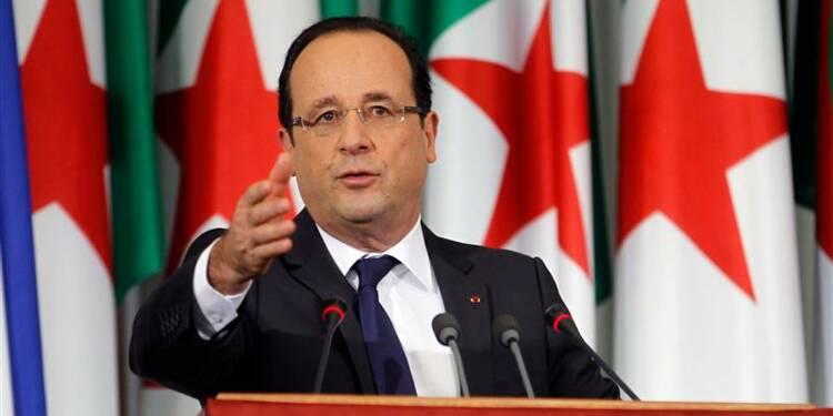 """Hollande dénonce la """"brutale"""" colonisation française en Algérie"""