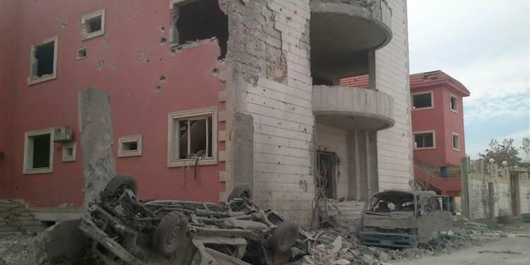 Raids aériens et explosions signalés en périphérie de Damas