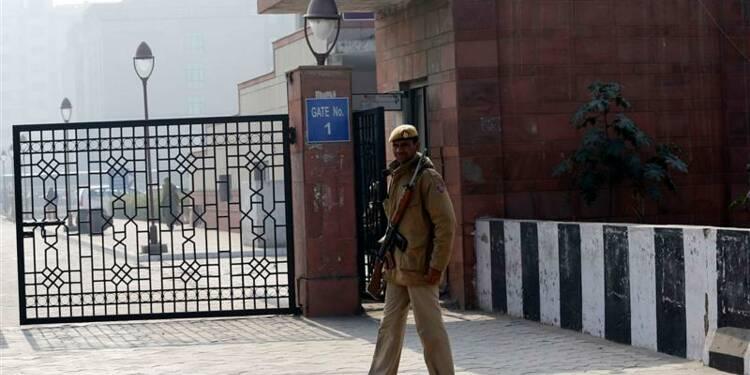 Cinq auteurs présumés du viol de New Delhi devant le tribunal