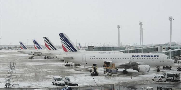 Air France prévoit un retour à la normale mardi après la neige