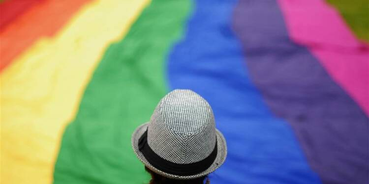 L'homosexualité perçue de manière positive par 90% des Français