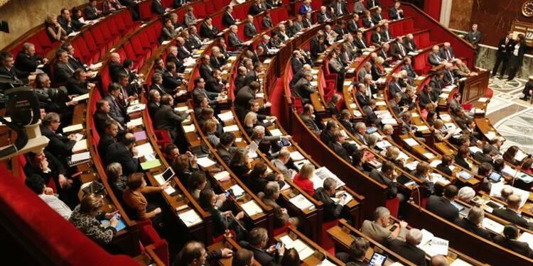 """Hollande promet le non-cumul des mandats """"durant le quinquennat"""""""