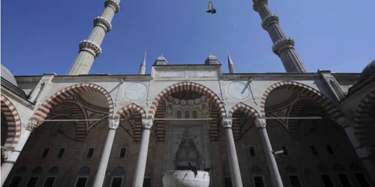 L'Empire Ottoman, de 1299 à 1922 : Trois siècles d'expansion militaire et commerciale, et trois de nonchalant déclin