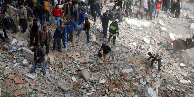 Un immeuble résidentiel d'Alexandrie s'effondre, 22 morts