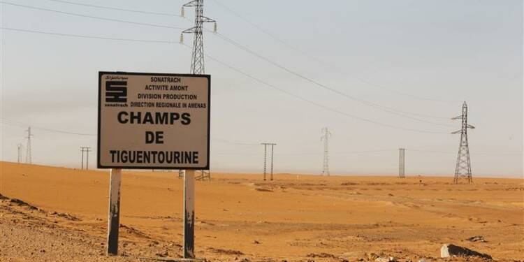 L'Algérie a eu les réponses adaptées, dit François Hollande