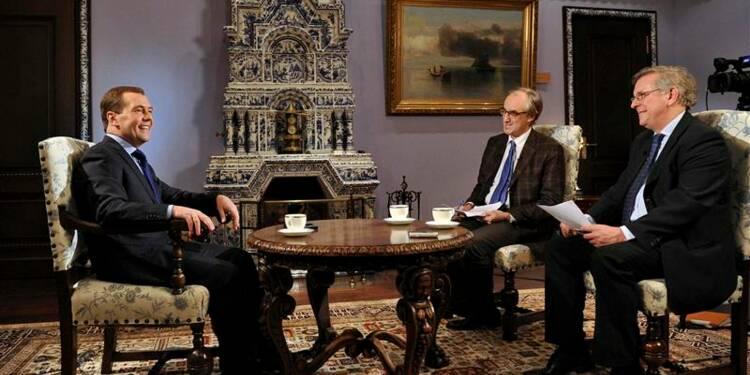 Medvedev reproche à Paris de soutenir l'opposition syrienne