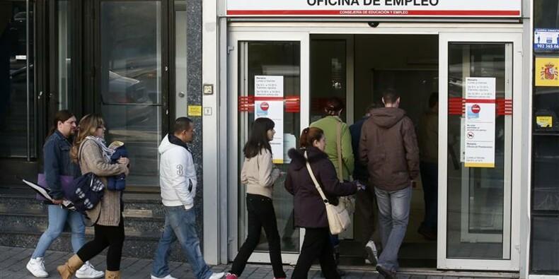 Le taux de chômage atteint un nouveau sommet en zone euro, à 11,8%