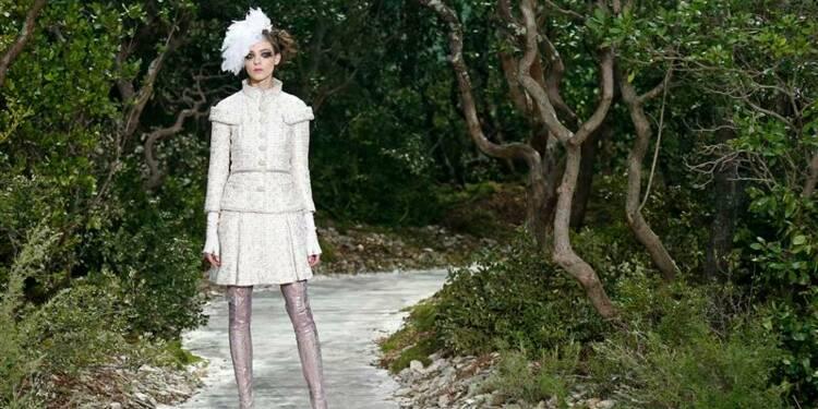 Haute couture: Chanel sous les frondaisons méditerranéennes
