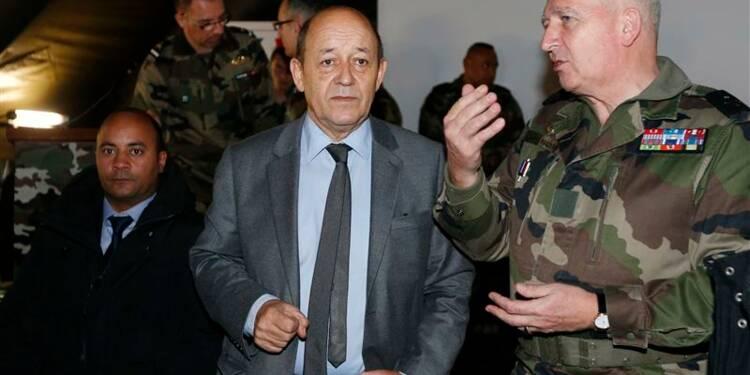 L'armée cherche 10.000 recrues, en pleine guerre au Mali