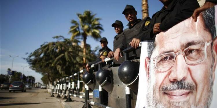 Le pouvoir égyptien en quête de stabilité