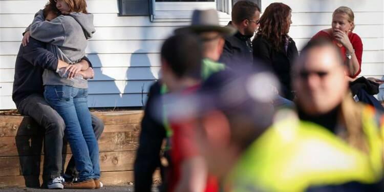 Nouvelle fusillade aux USA, 28 morts dont 20 enfants