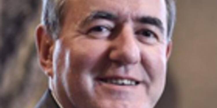 """""""Fusionner les départements et les régions permettrait à la France d'économiser 13 milliards d'euros"""""""