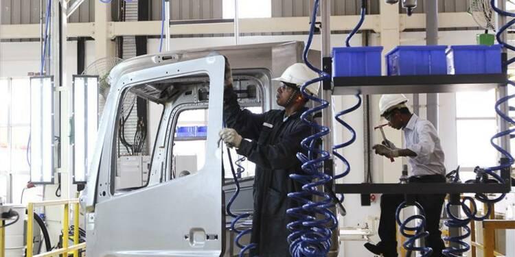 Hausse des ventes de camions de Daimler de 14,3% sur onze mois