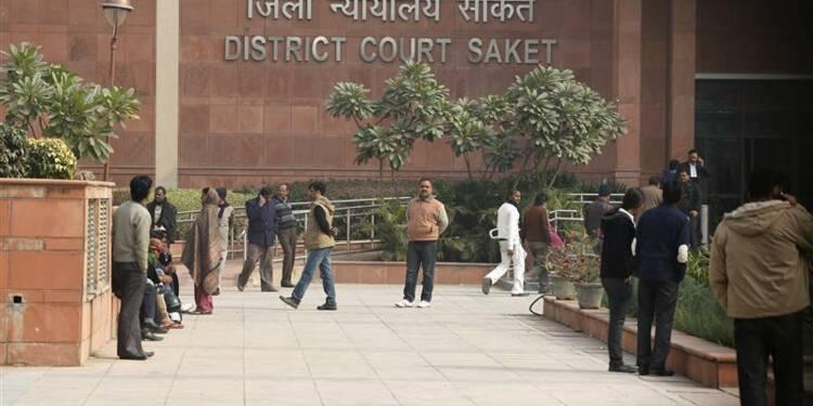 Trois des suspects du viol de New Delhi plaideront non coupable