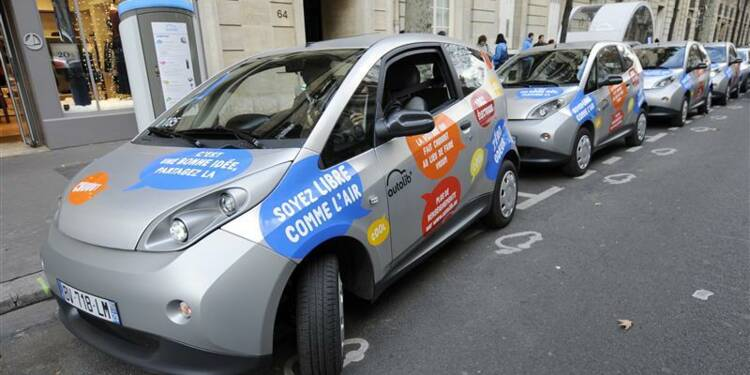 Accord entre la mairie de Paris et Europcar sur le nom Autolib'