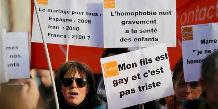 """L'adhésion au """"mariage pour tous"""" reste élevée, selon Ifop"""