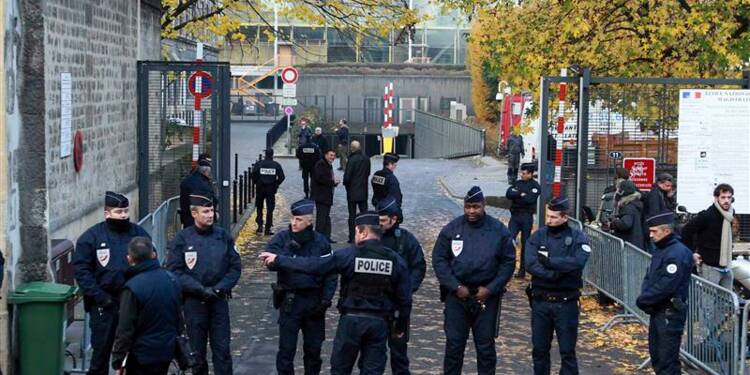 Nicolas Sarkozy entendu par un juge dans l'affaire Bettencourt