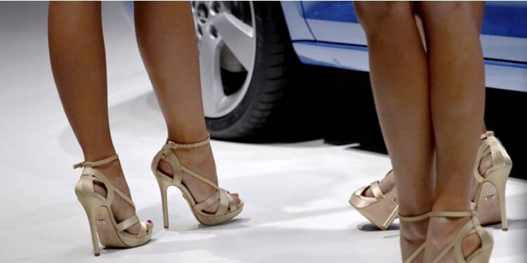 Mondial de l'auto : le business florissant des hôtesses