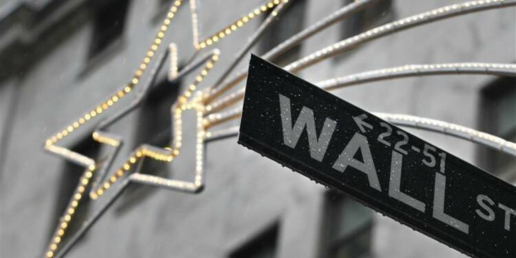 """Wall Street hésite à l'ouverture, le """"mur budgétaire"""" pèse"""