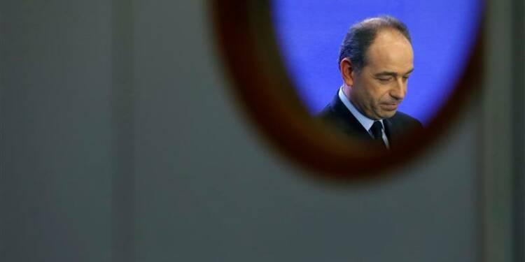 En attendant un accord Copé-Fillon, la crise continue à l'UMP