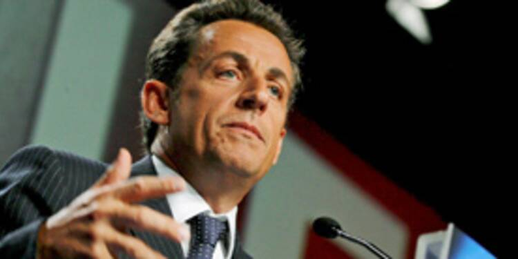 Emploi : Nicolas Sarkozy au chevet des futurs précaires