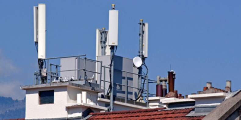 Baisser la puissance des antennes relais plomberait la facture téléphonique des Français
