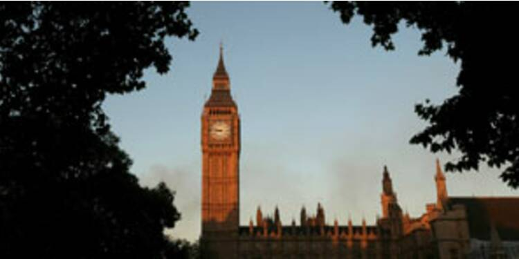 """""""L'économie britannique devrait bien résister au choc immobilier"""""""