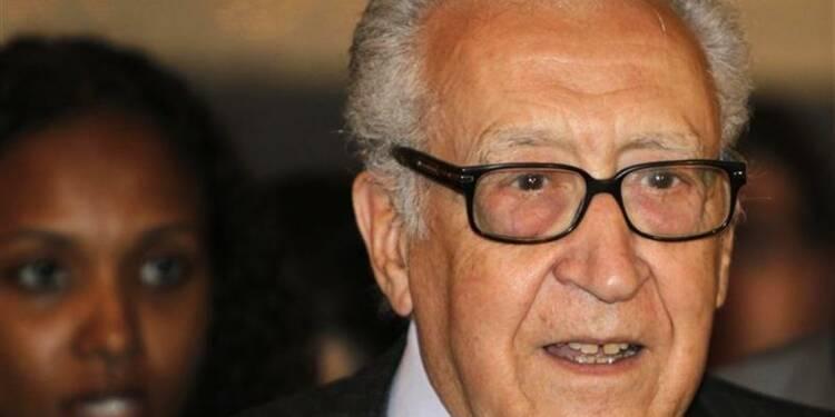 La Syrie a besoin d'un changement véritable, dit Lakhdar Brahimi