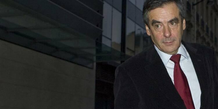 Fillon va saisir la justice pour régler le conflit à l'UMP