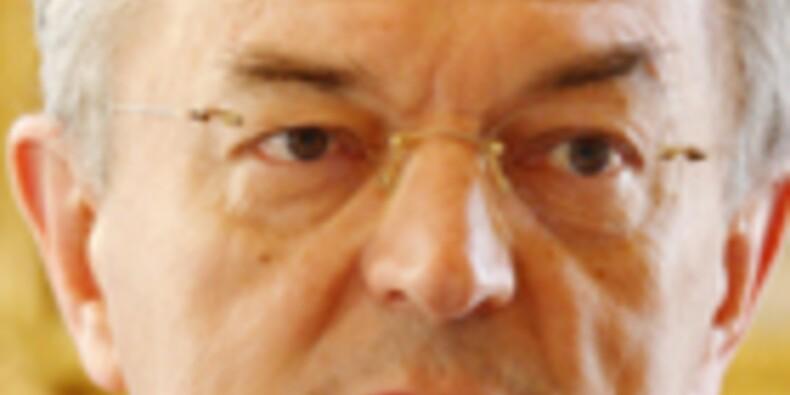 """""""Il faut réduire rapidement la dette de la France en engageant des réformes structurelles"""""""