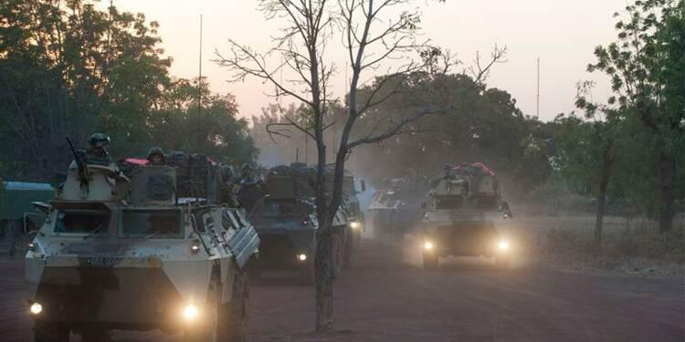 """Copé s'inquiète de la """"solitude"""" de la France au Mali"""