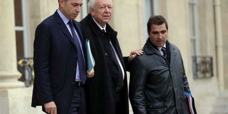 Copé sort de l'Elysée sans un mot pour Fillon