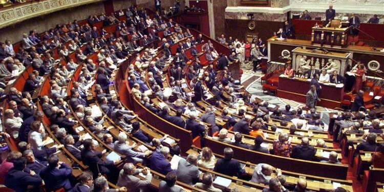 L'Assemblée partagée sur la garde à vue des sans-papiers