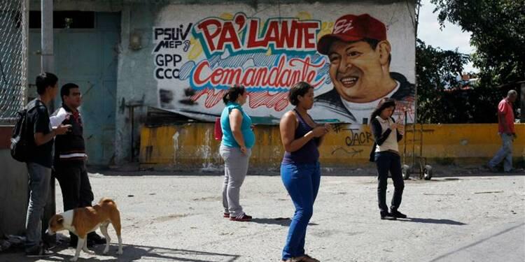 Chavez absent de la cérémonie d'investiture, confirme Caracas