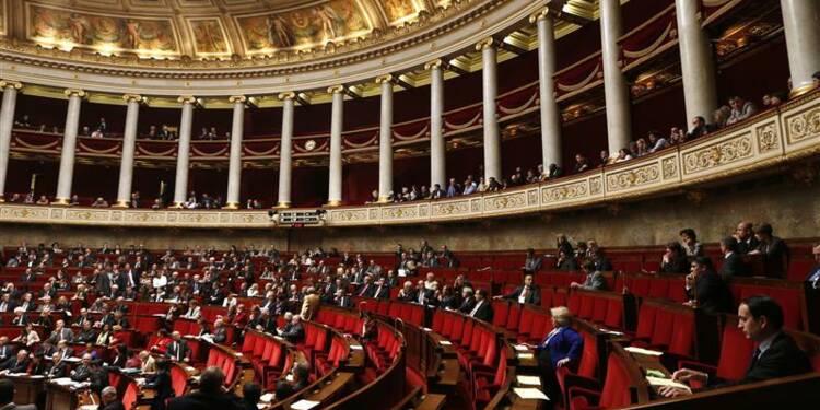 2012: majorité et opposition fragilisées au Parlement