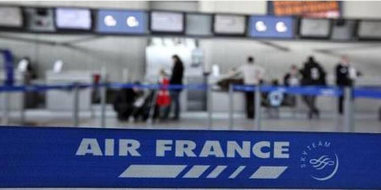 Air France va supprimer plus de 5.000 postes d'ici fin 2013