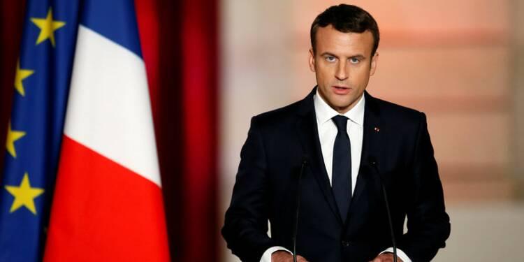 Macron entame son mandat sous le signe de la solennité